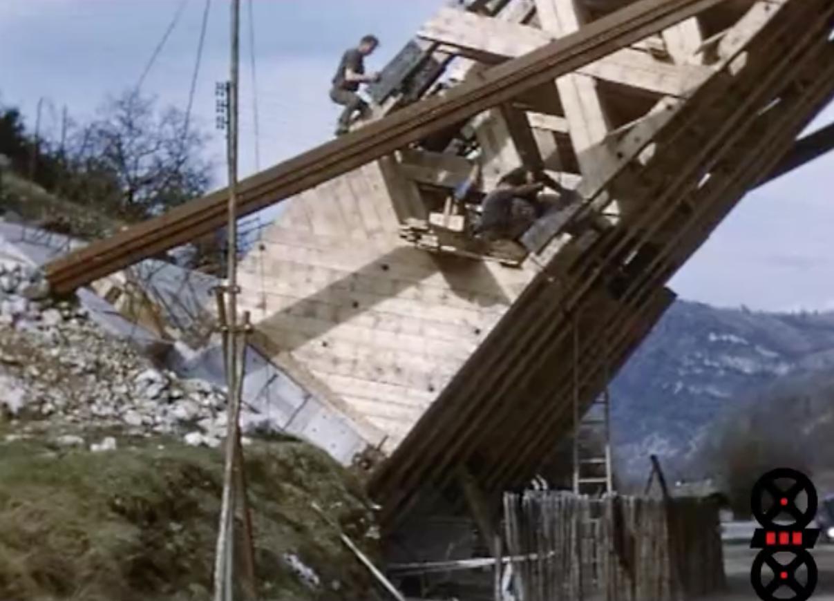 Reconstruction du pont de Serrières-sur-Ain