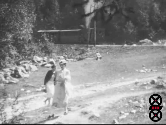 Chamonix Eté-Hiver et Ascension du Mont-Blanc par les parents de M. Quatrain avant-guerre